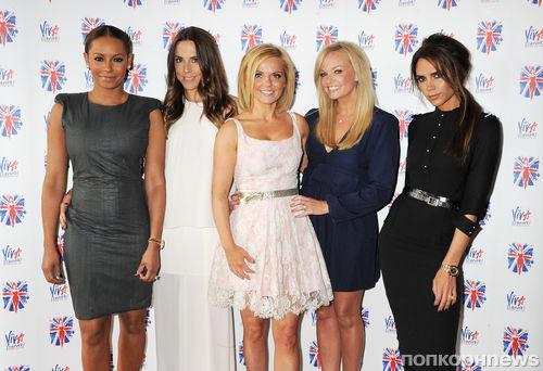 The Spice Girls  воссоединились для запуска мюзикла