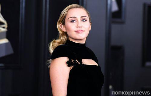 Фото: звезды на красной дорожке музыкальной премии «Грэмми» 2018