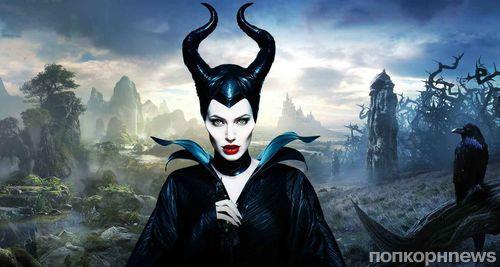 """Анджелина Джоли рассматривает возможность съемок в сиквеле """"Малефисенты"""""""