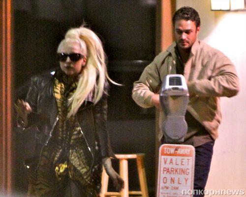 Lady GaGa и Тэйлор Кинни снова вместе