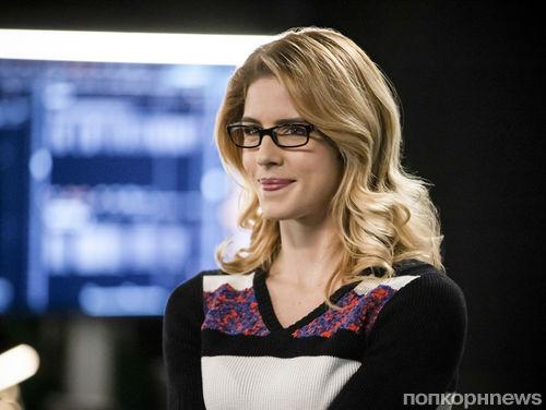 Звезда «Стрелы» Эмили Бетт Рикардс объявила об уходе из сериала перед последним сезоном
