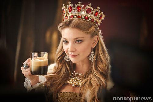 Джордж Клуни примерил рыцарские доспехи в рекламе Nespresso с Натали Дормер