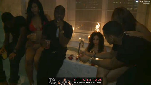 На вечеринке Diddy у одной из моделей загорелись волосы