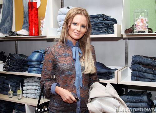 Дана Борисова заставила мать выписаться из квартиры через суд