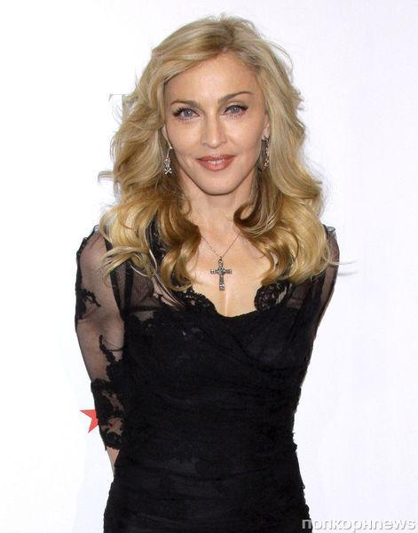 Мадонна хочет создать мужской парфюм с запахом виски