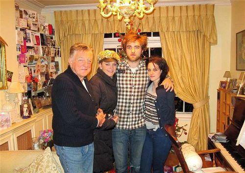 Кристен Стюарт действительно провела прошлое Рождество с семьей Роберта Паттинсона