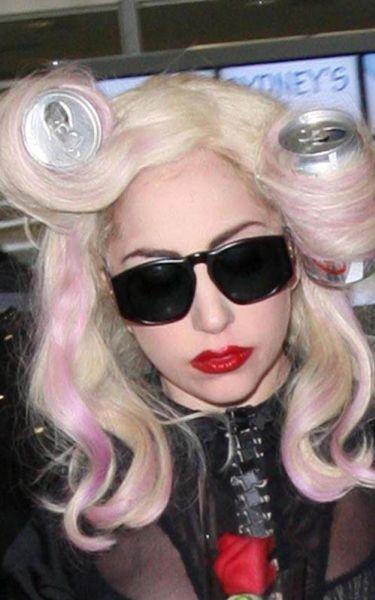 Lady Gaga придумала новый способ завивки волос