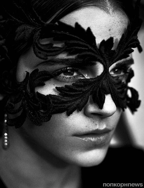 Фото: Эмма Уотсон в фотосессии для итальянского Vogue, ноябрь 2015