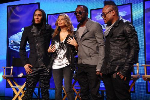 Black Eyed Peas выступят на Суперкубке