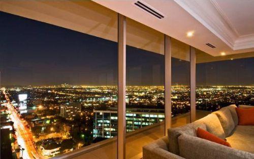 Мэттью Перри купил квартиру в Лос-Анджелесе за 2,95 миллионов долларов