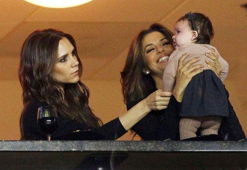 Ева Лонгория, Виктория и Харпер на матче LA Galaxy