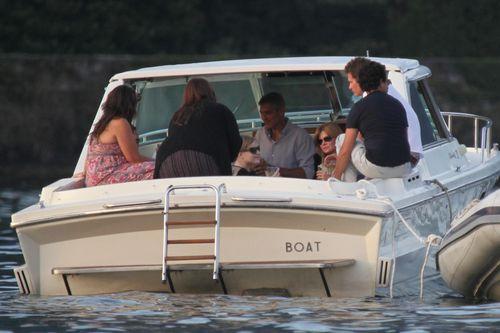 Джордж Клуни и Синди Кроуфорд на озере Комо