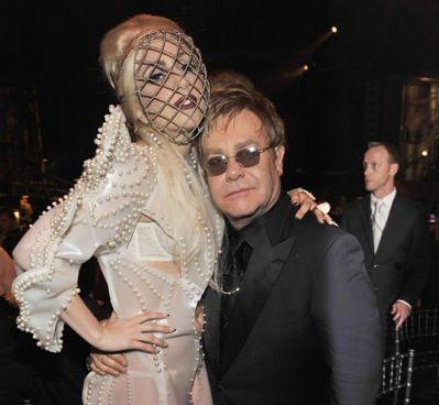 Элтон Джон больше не может конкурировать с Lady GaGa