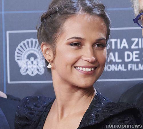 Фото: Алисия Викандер приехала на кинофестиваль в Сан-Себастьяне