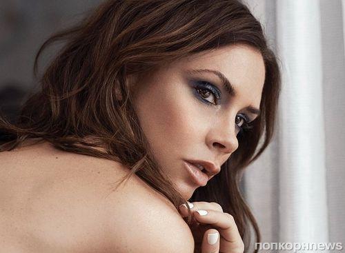 Виктория Бекхэм заявила, что ее экс-коллеге по Spice Girls Мэл Би «не хватает внимания»