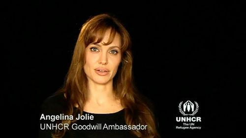 Анджелина Джоли призывает всех помочь Пакистану