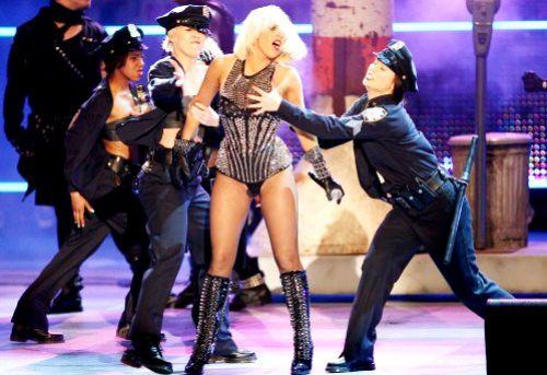 Премьера новой песни Lady GaGa «Alejandro» на шоу American Idol