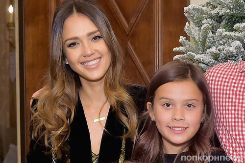 «Я хочу стать самой лучшей мамой»: Джессика Альба водит 10-летнюю дочь к психологу