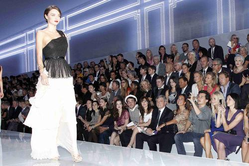 Орландо Блум и Миранда Керр на показе Christian Dior
