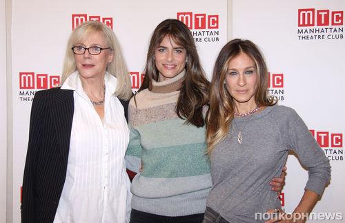 Сара Джессика Паркер и Аманда Пит представили пьесу в Нью-Йорке