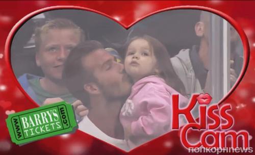 Видео: Дэвид Бекхэм целует малютку Харпер