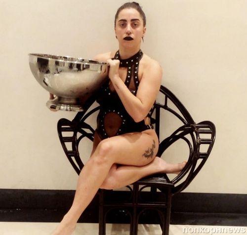 Lady GaGa, Крис Хемсворт, Бен Аффлек и другие в акции Ice Bucket Challenge