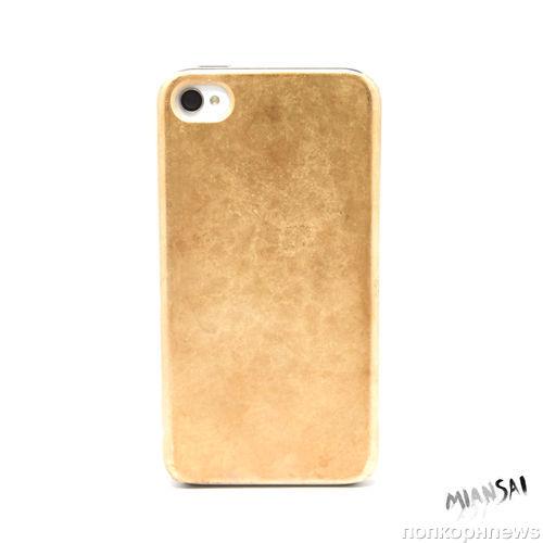 Чехол для  iPhone из настоящего золота