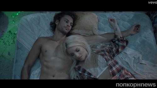 Новый клип Бритни Спирс - Perfume