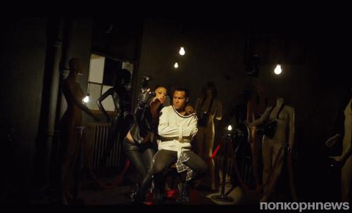Новый клип группы Fall Out Boy - Alone Together