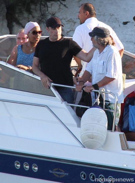Роберт Де Ниро и Джон Траволта вместе проводят отпуск