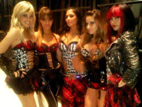Фото: Николь Шерзингер и новые участницы группы Pussycat Dolls