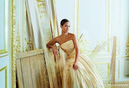 Алиша Кис в рекламной кампании аромата Givenchy Dahlia Divin
