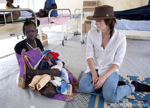 Кира Найтли побывала в Южном Судане