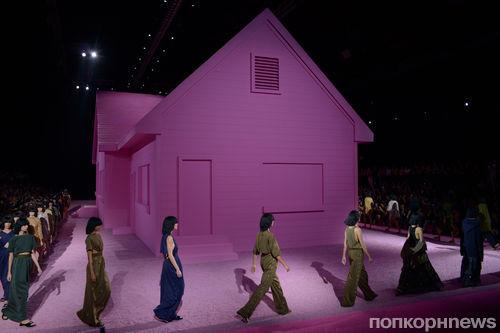 Модный показ новой коллекции Marc Jacobs. Весна / лето 2015