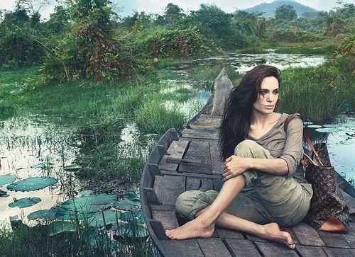 Первый взгляд: Анджелина Джоли в рекламной кампании  Louis Vuitton