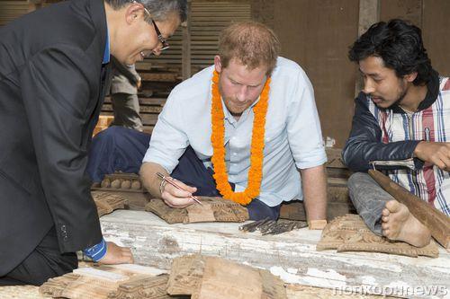 Принц Гарри побывал в Непале