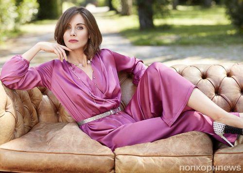 Элисон Бри в фотосессии для августовского номера Cosmopolitan Italy