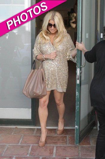 Джессика Симпсон: беременная или толстая?