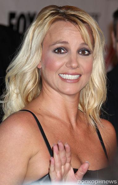Бритни Спирс  больше всех заработала в музыкальной индустрии в 2012 году
