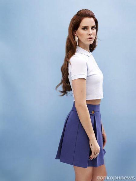 Лана Дель Рей в новой рекламной кампании Versace: первый взгляд