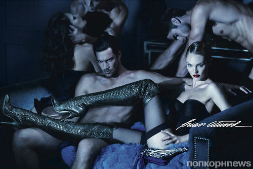 Рекламную кампанию Brian Atwood с Кэндис Свэйнпоул признали слишком сексуальной