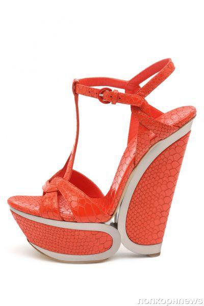 Новая коллекция обуви Casadei. Весна/Лето 2012