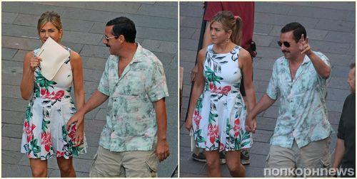 Фото: Дженнифер Энистон и Адам Сэндлер на съемках «Загадочного убийства» в Милане