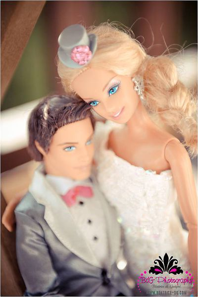 Барби и Кен поженились. Серьезно…