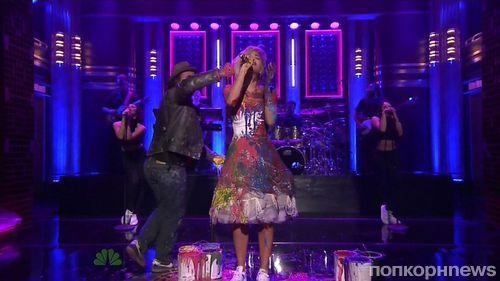 Рита Ора не пожалела платья ради эффектного шоу