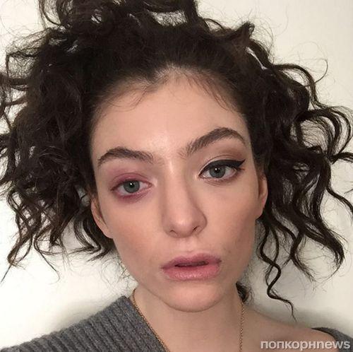 Певица Лорд шокировала всех своим внешним видом