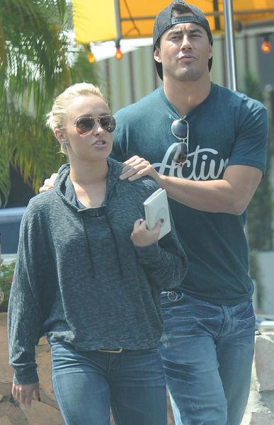 Хейден Панеттьер и ее новый бойфренд в Лос-Анджелесе
