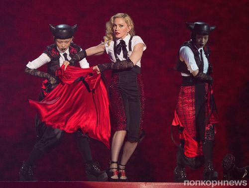 Мадонна осудила Dolce & Gabbana: «Думайте, прежде чем говорить»