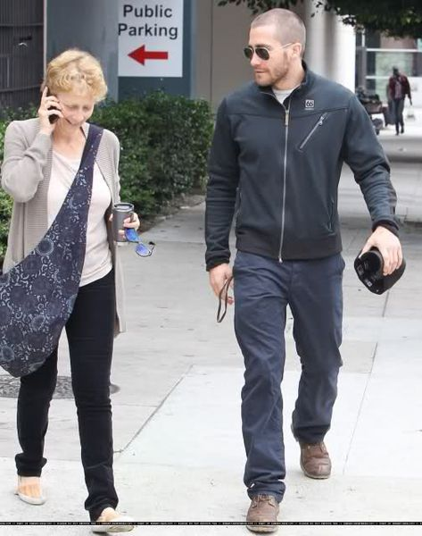 Джейк Джилленхол с матерью в Лос-Анджелесе