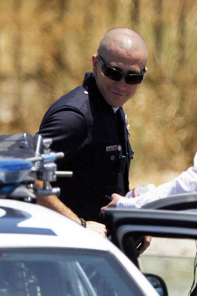 Джейк Джилленхол на съемках фильма «Конец смены»